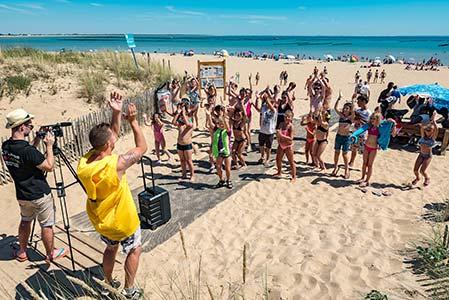 Activités sportives sur la plage de la tranche sur mer